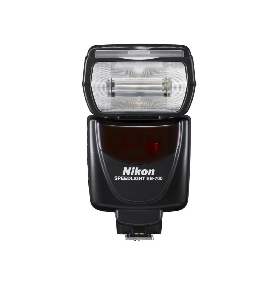 nikon sb 700 flash pour appareil photo num rique. Black Bedroom Furniture Sets. Home Design Ideas